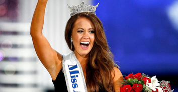 Leading the Way Podcast: Cara Mund, Miss America 2018