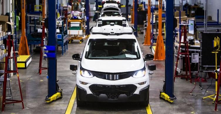 GM Manufacturing Line Hero.jpg