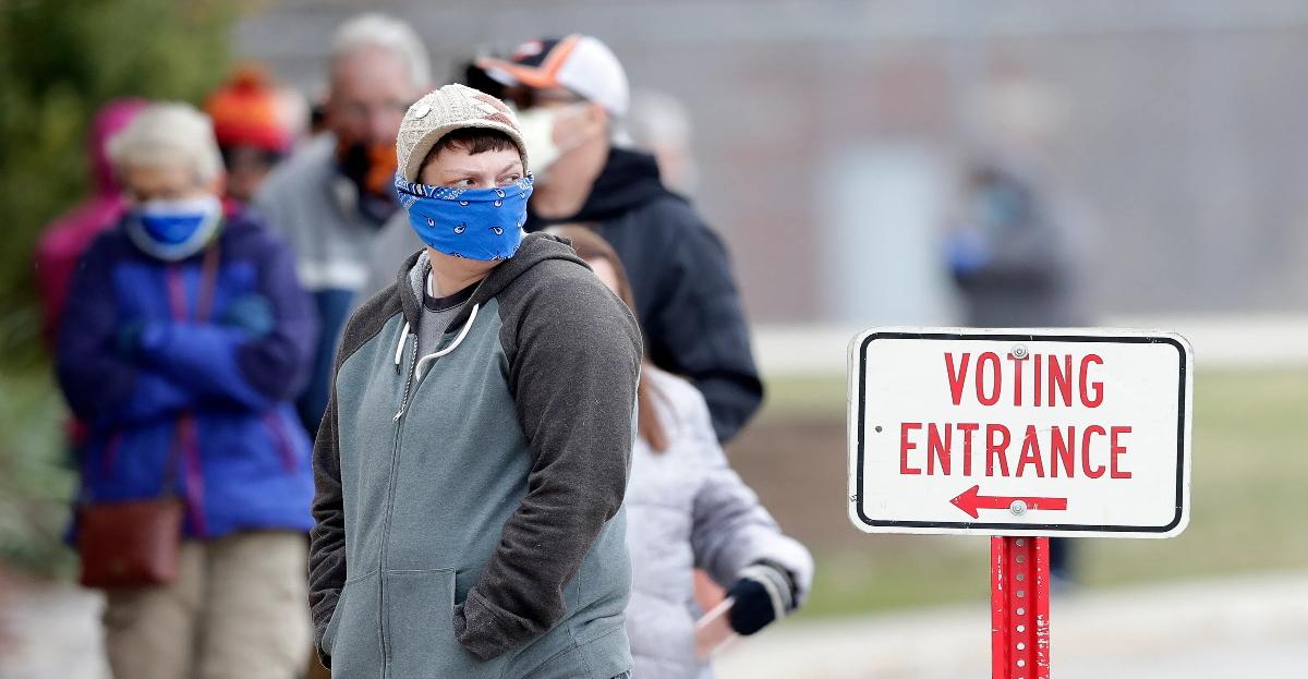 Voting line hero.jpg