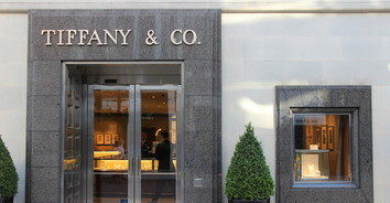 How Tiffany & Co. Provided Their Employees with Access to Personalized On-Demand Learning